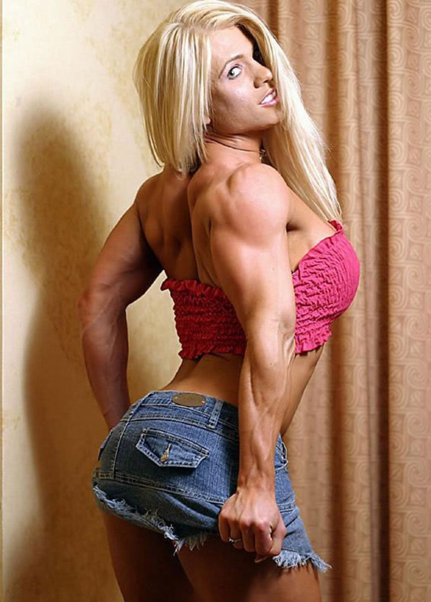 Female bodybuilder Melissa Dettwiller