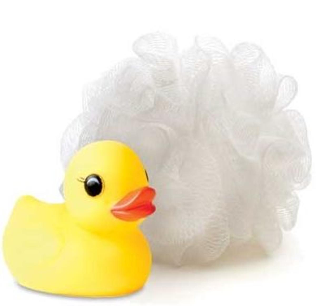 Lather up your arm pits with a loofah or bath sponge before you shave. (image source: socialpooch.com)