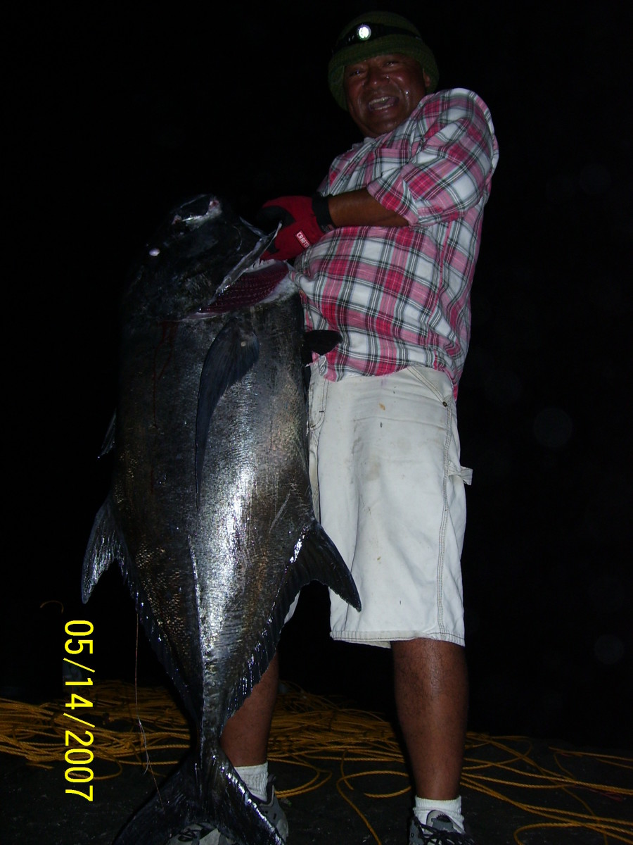 60lb Ulua caught by Flag Line.
