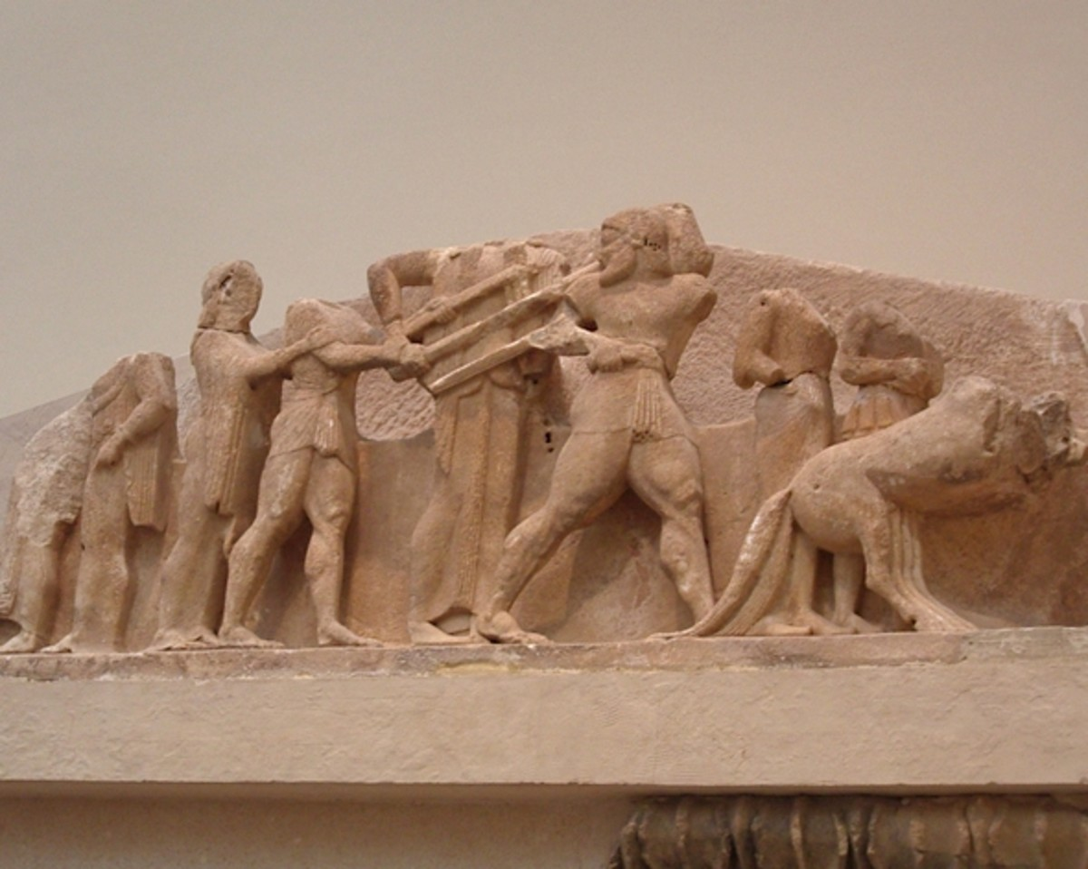 Apollo fighting Herakles for his tripod, Delphi Museum