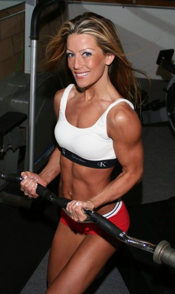Fitness model Bobbie Jo Kolb