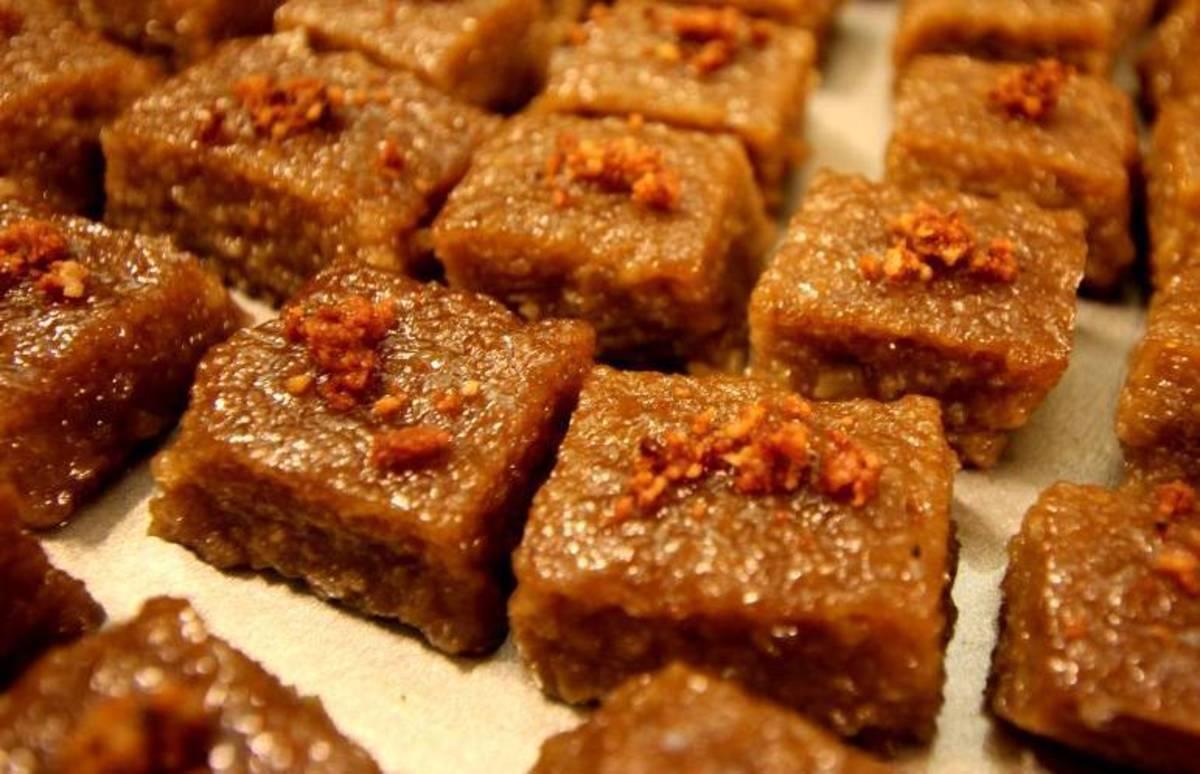 Filipino Biko (Rice Cakes)