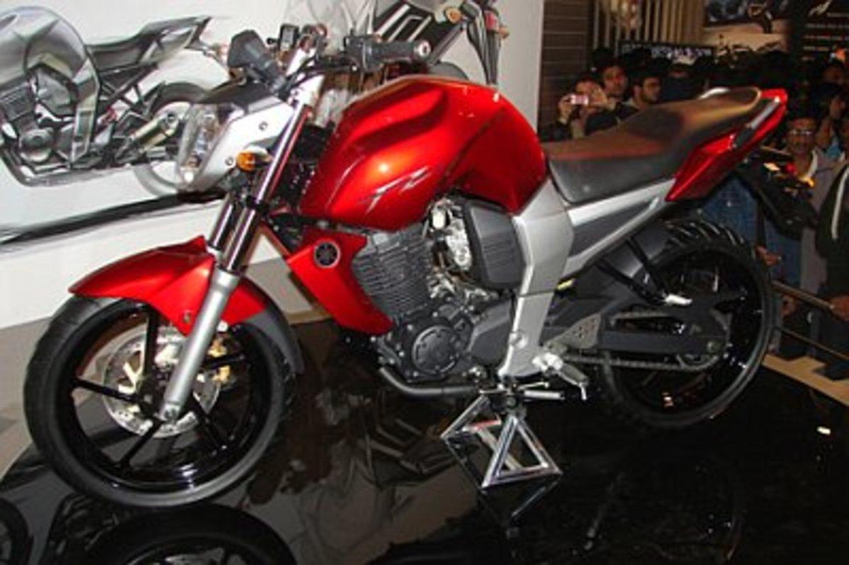 Yamaha FZ16 Bike Review