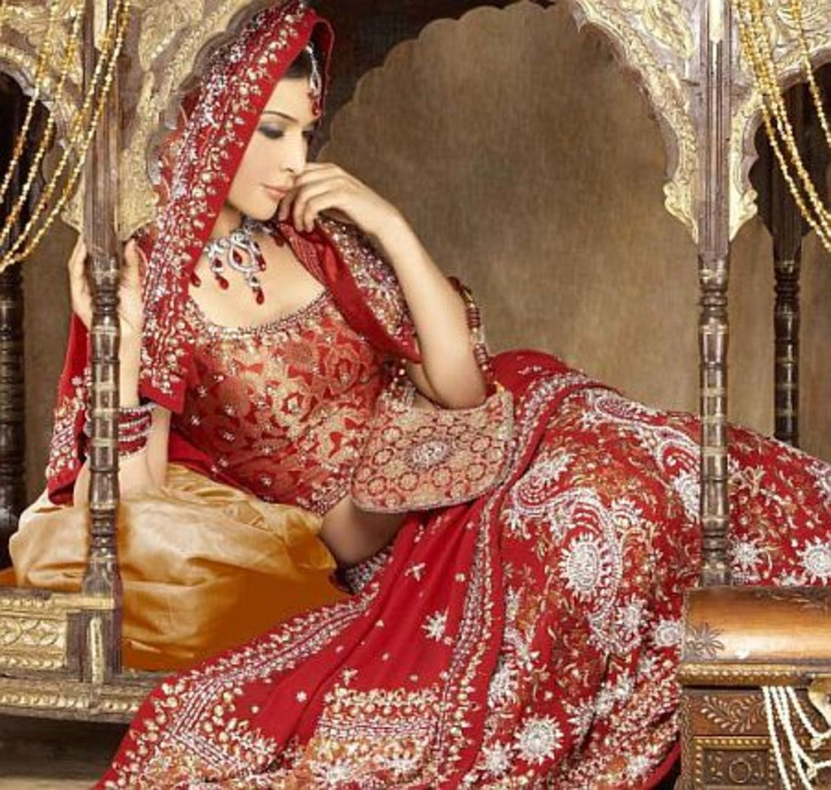 Photo Gallery of the Traditional Indian Dress, Lehenga ...