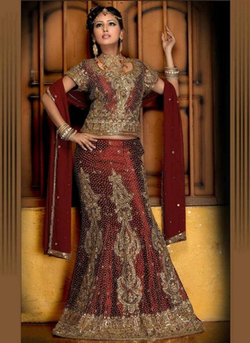 Photo Gallery of the Traditional Indian Dress, Lehenga Choli (Ghagra Choli)