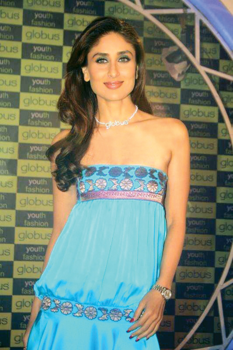 Indian actress Kareena Kapoor at the launch of Globus' clothing chain (2007), CC-BY-3.0.