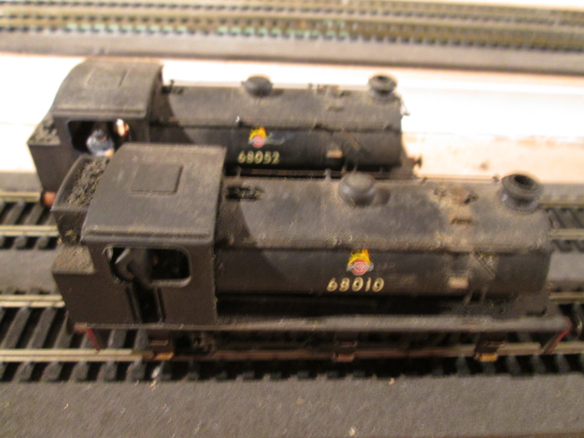 Nearest the camera 68010 sports a hopper bunker, 68052 has the normal type. Both were Darlington allocations