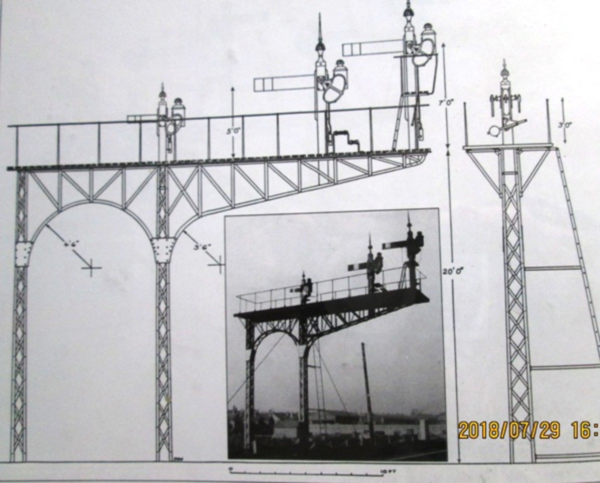 Cantilevered bracket signal structure drawing and photograph inset
