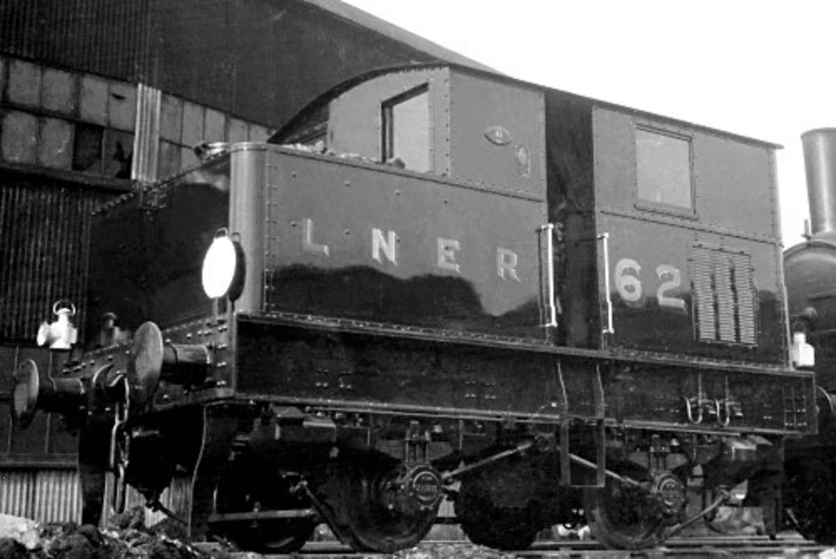Classed by the LNER and BR as Y3 0-4-0 tank locomotive, in LNER days in shiny spanking-new livery is No.62