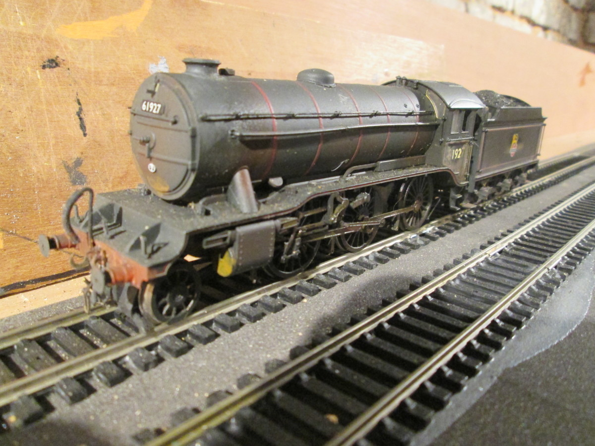 Hull Dairycoates K3 61927 (Bachmann, bought at Monkbar Models in York) stands in the fiddleyard, ready to attach to a working