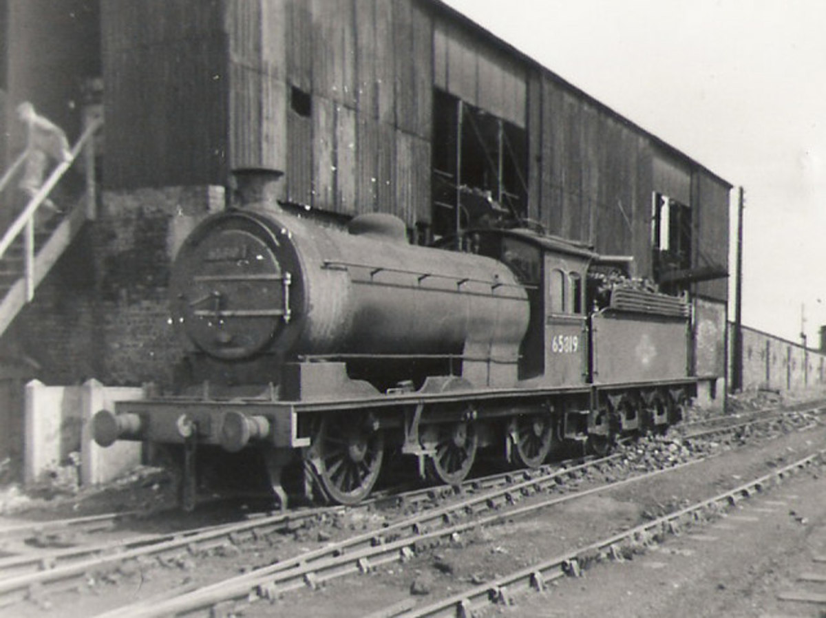 J27 65819 at the coaling stage, South Blyth (52F) allocated here possibly before 1950, and remained until May, 1967 when South Shed closed, probably going for scrap. There is no mention of being transferred to Sunderland (54A) or Hartlepool (51C)