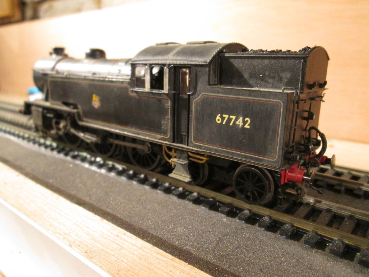 67742 rear three quarter view. (The crew's gone to the canteen for a cuppa).