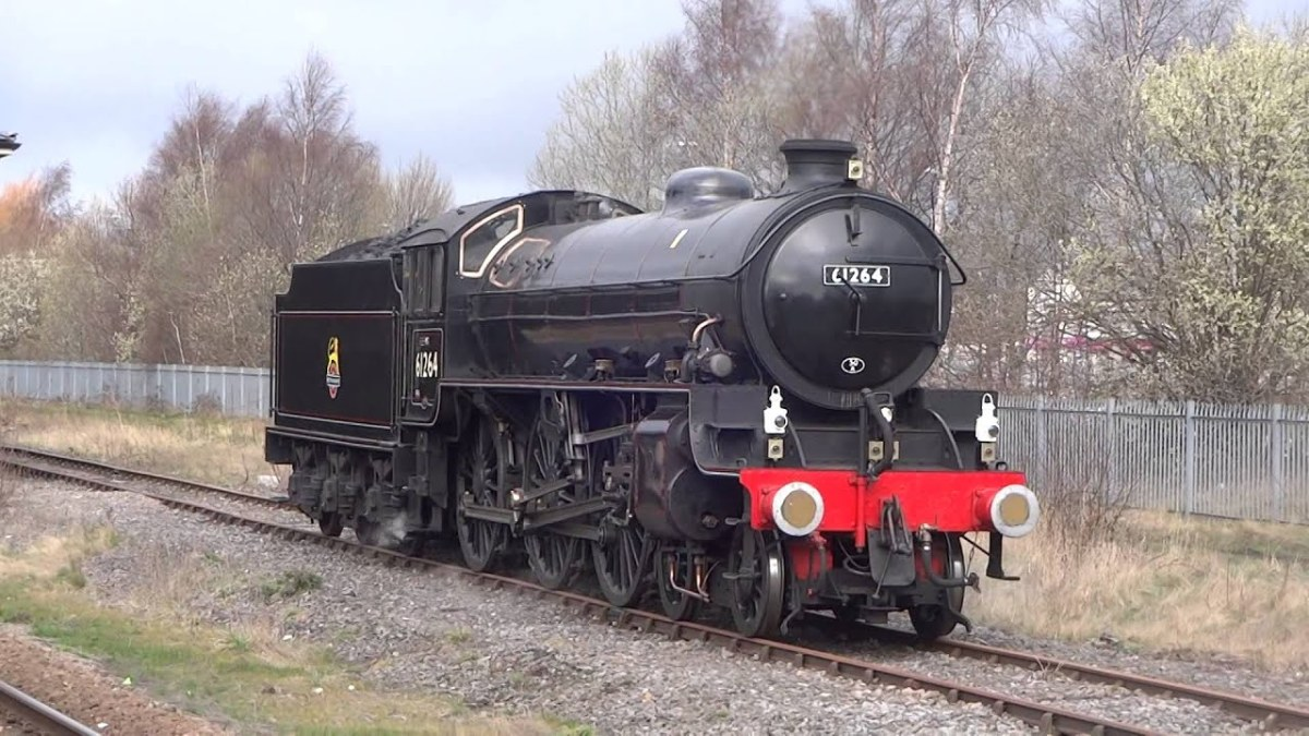 Preserved B1 61264 visits the Great Central - away from 'home' on the NYMR