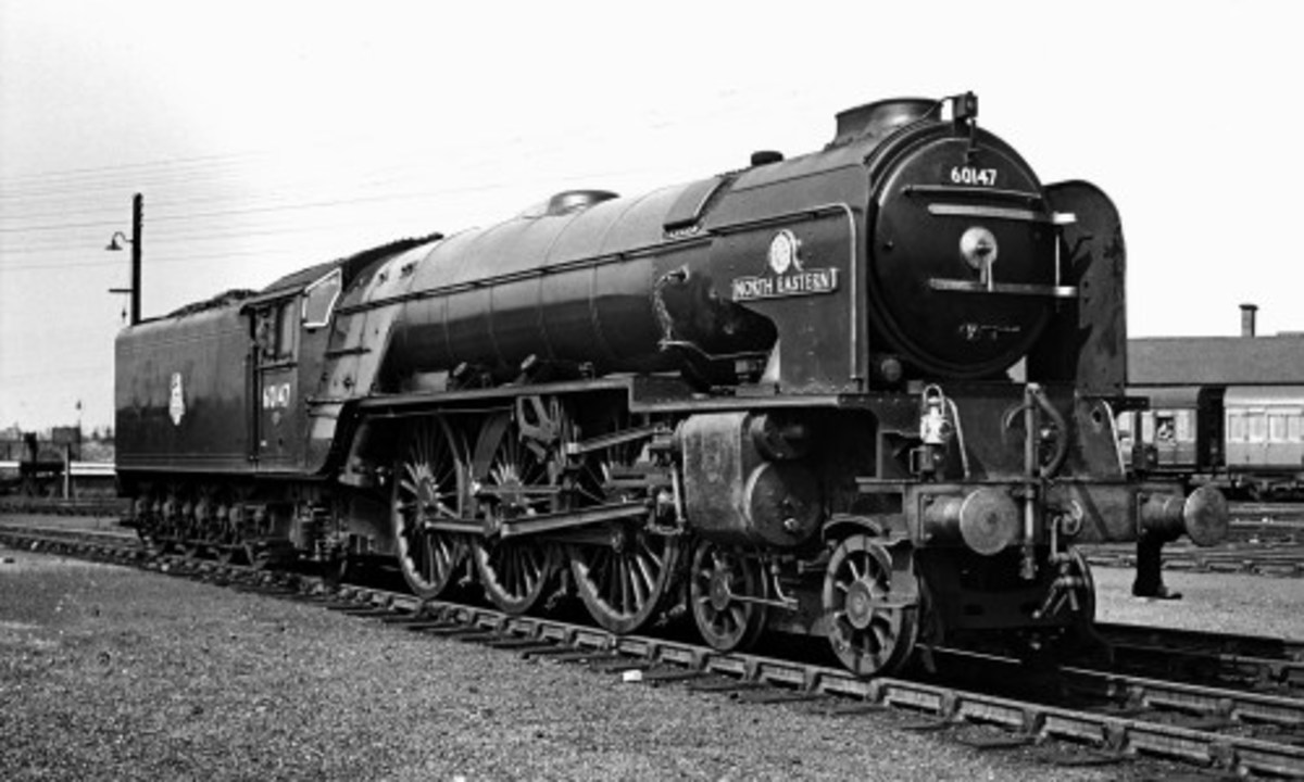 "Class A1 Pacific 60147 'NORTH EASTERN"", shedded Gateshead (52A) 1960-1965, latterly only 'on paper' when Gateshead closed to steam. I have a Hornby locomotive, name plates, smokebox number plate and other details from Fox Transfers - keep you posted"