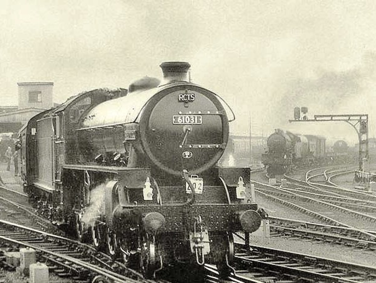 Class B1 4-6-0 61031 'Reedbuck' brings a Railway Correspondence & Travel Society (RCTS) special around York station in the 1960s - one of the platforms added to cope with wartime traffic. A goods working awaits the 'right away' from the goods yards