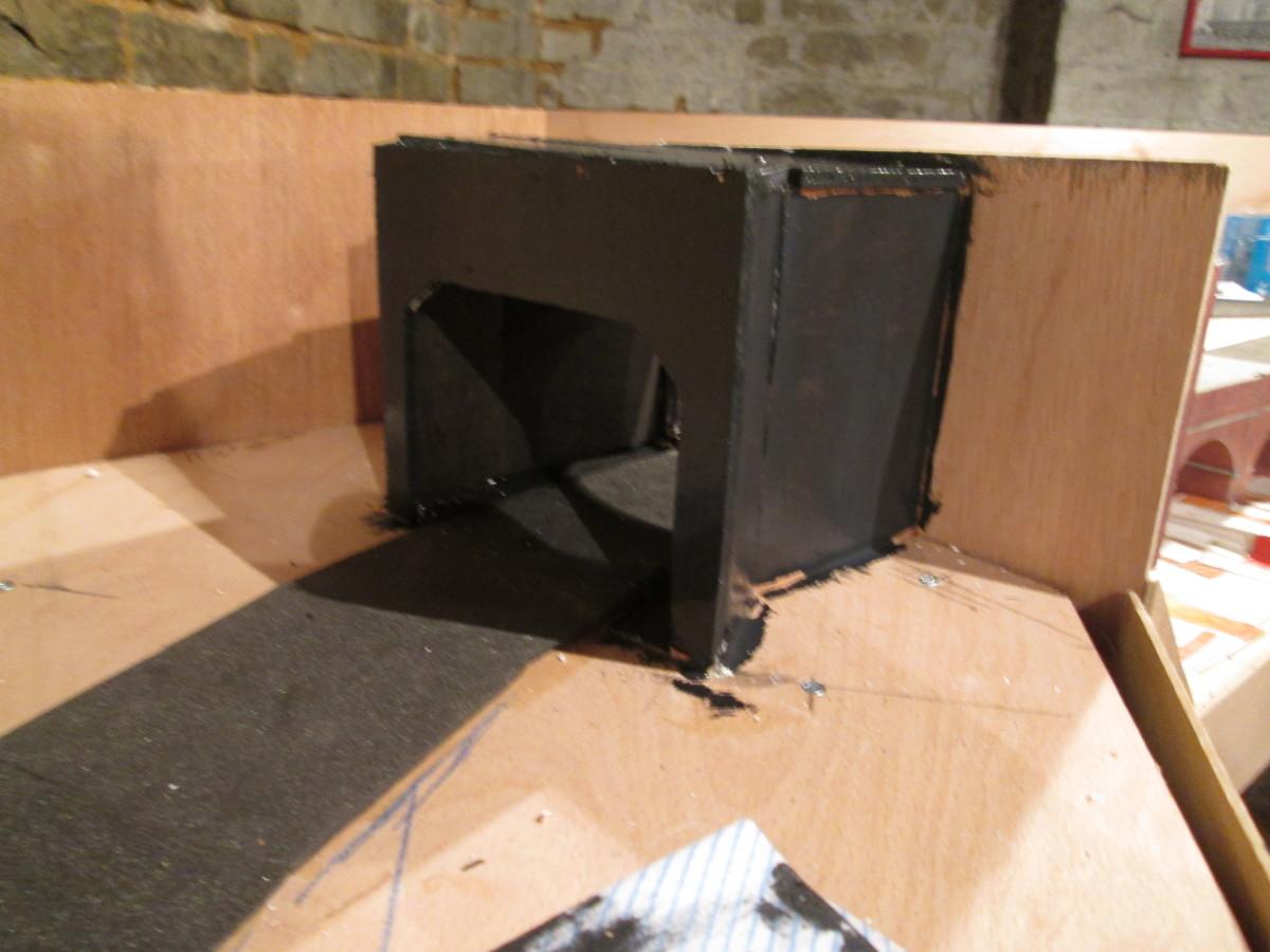 The baffle, in blackboard paint, seen from Unit 7