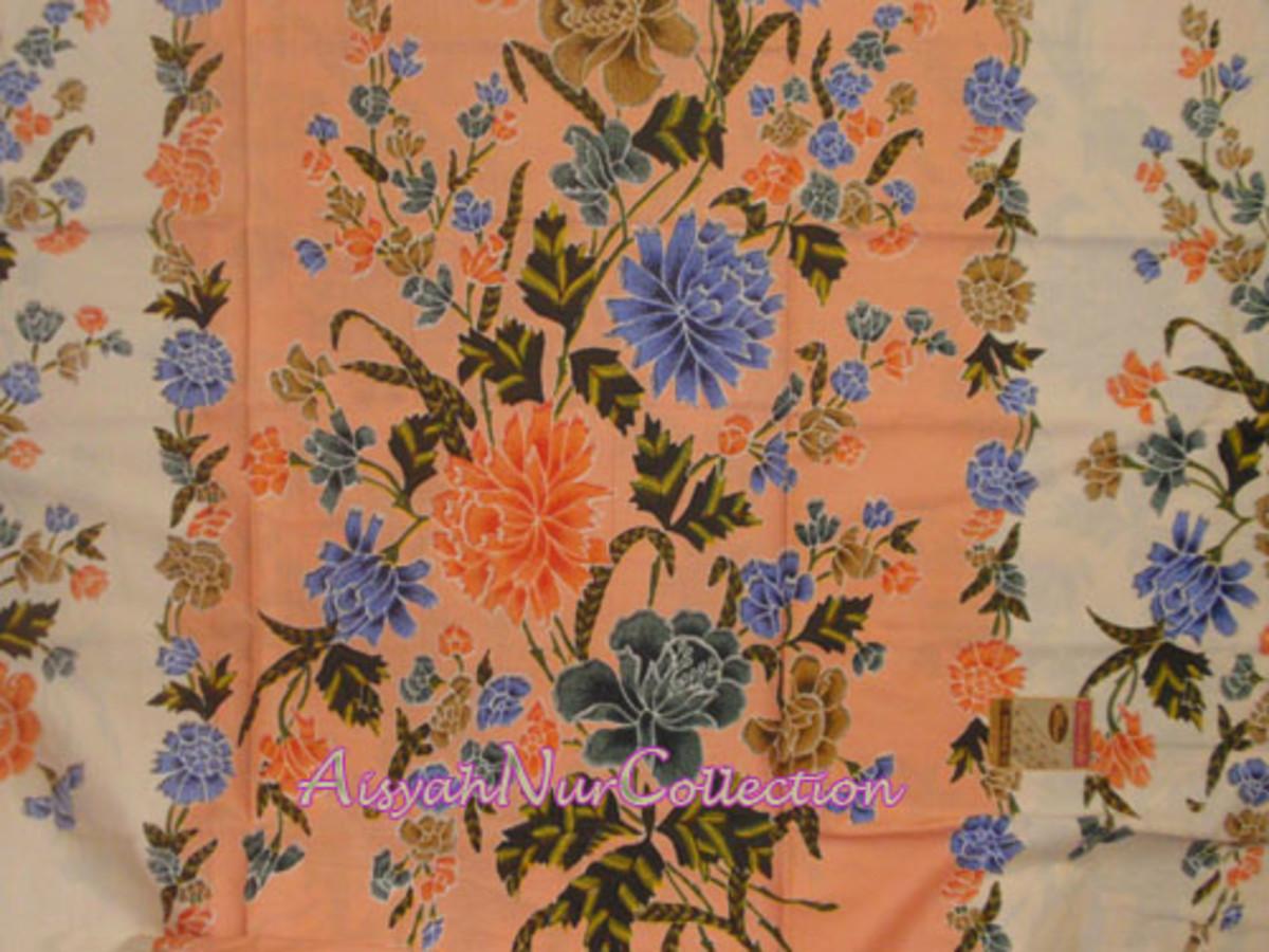 batik sarong     (courtesy of AisyahNur Collection)