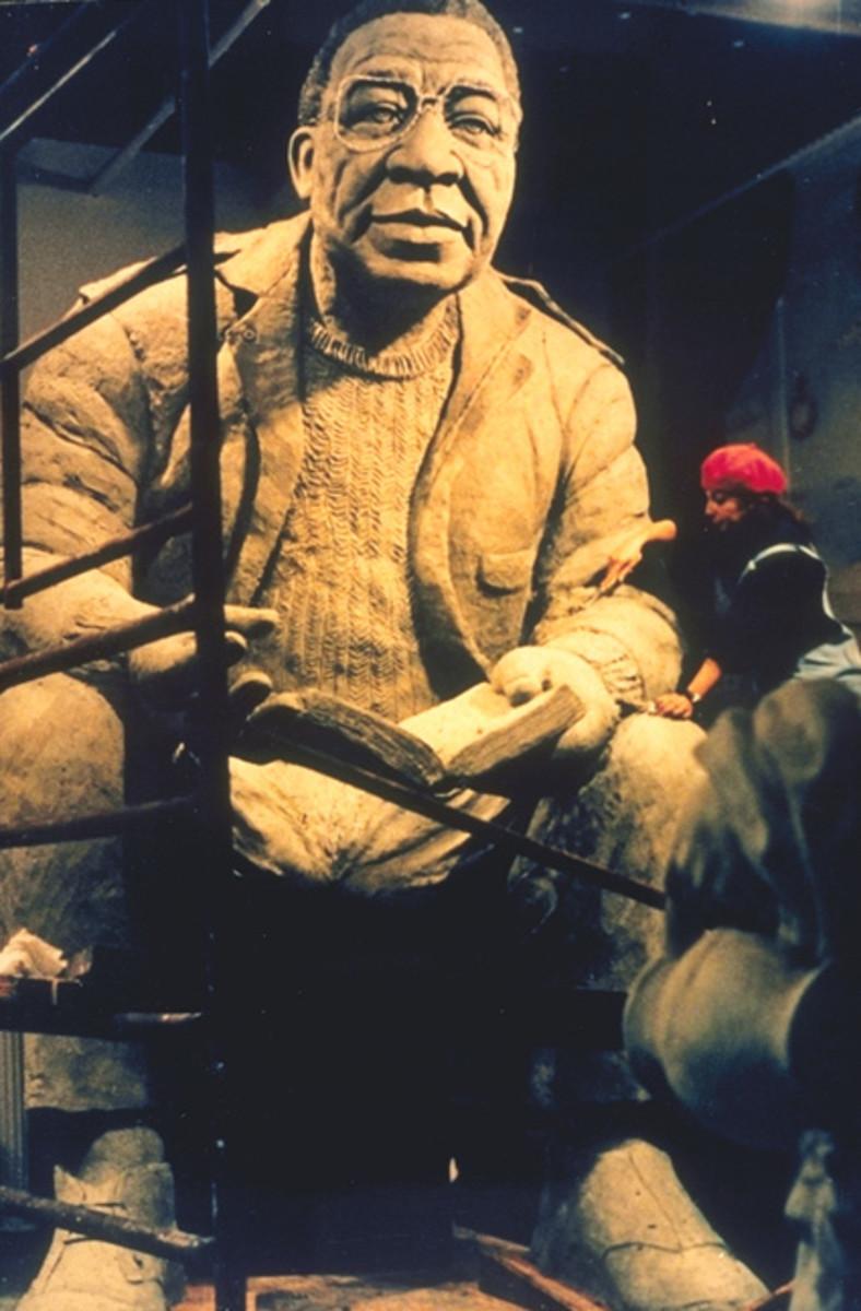 Alex Haley Memorial Statue