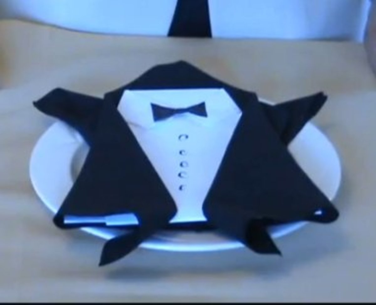 The Count Dracula Napkin Fold, Perfect For Your Halloween Party