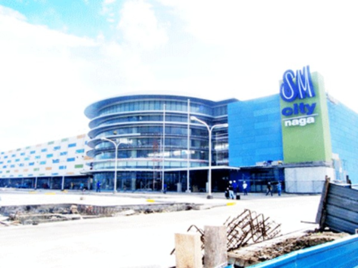 SM City in Naga