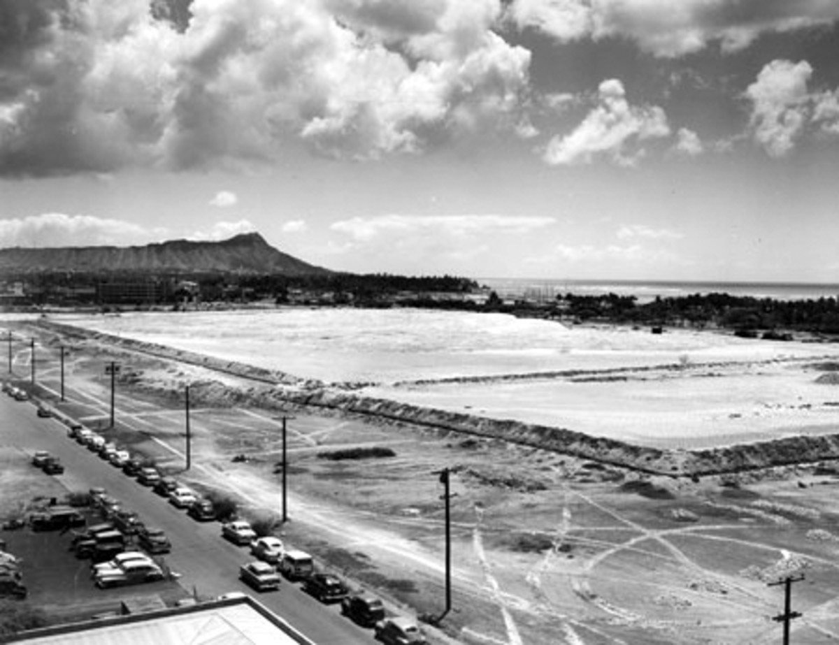 Construction of Ala Moana