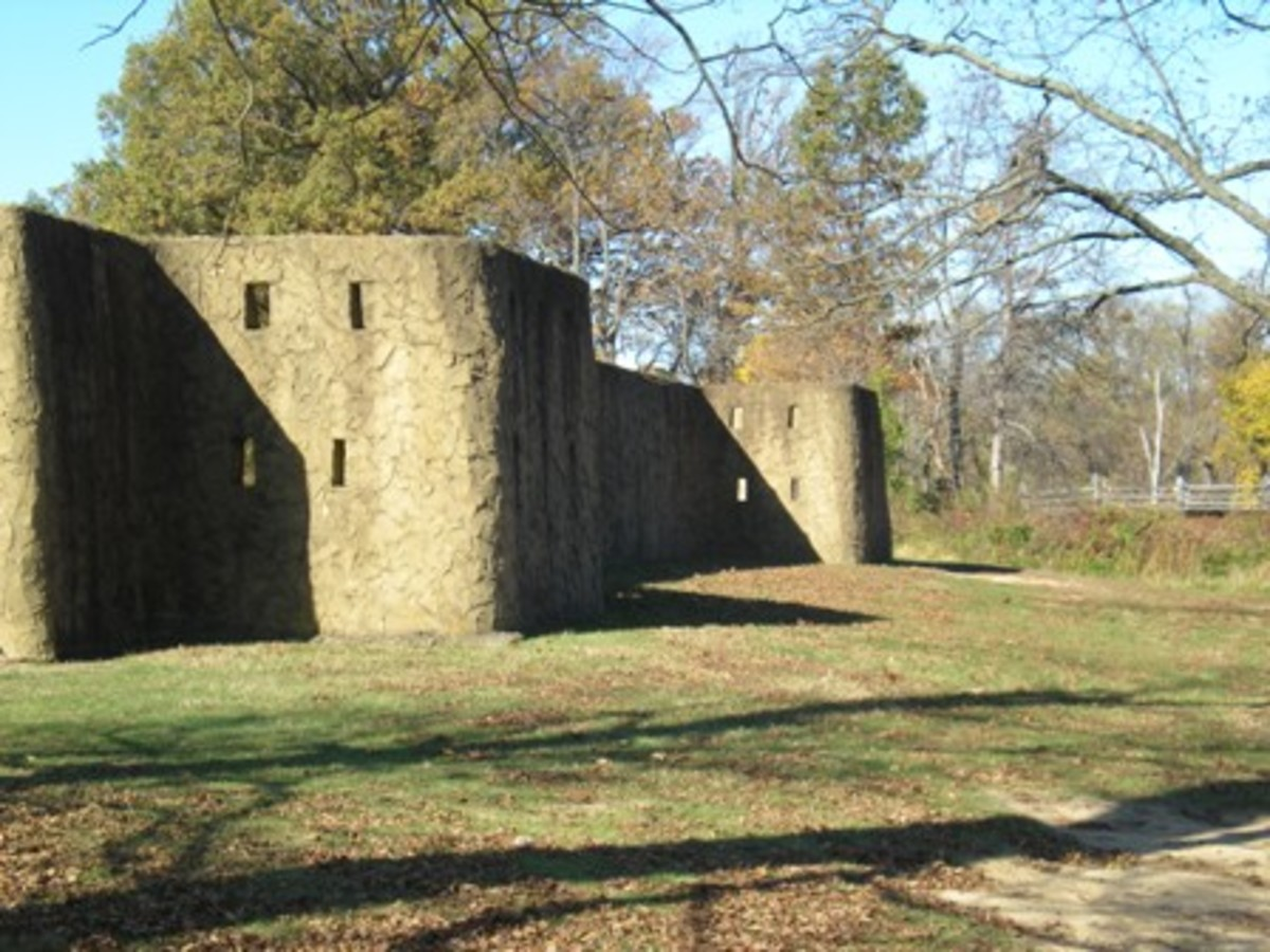 Angel Mounds stockade wall from Angel Mounds.org