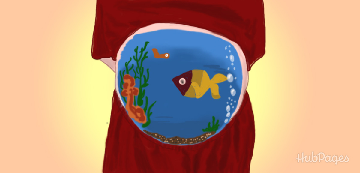 Painting your belly as a fish bowl is particularly fun if you are expecting.