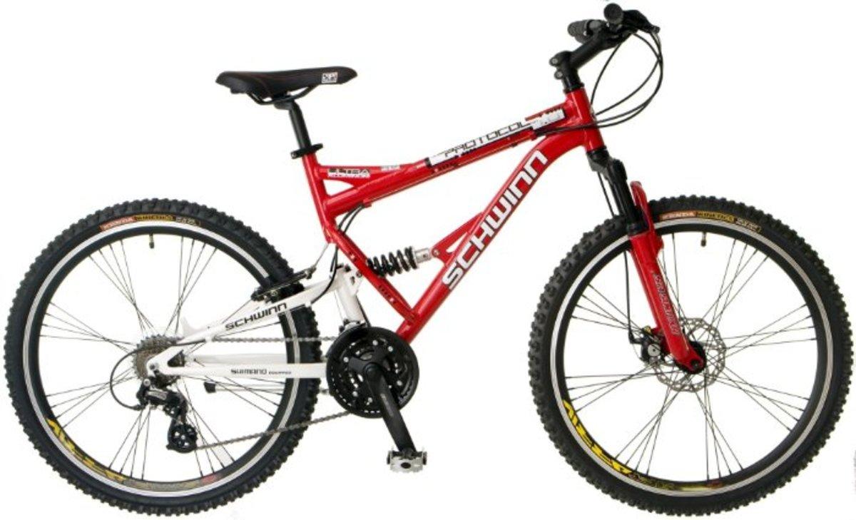 Schwinn Protocol 1.0 Men's MTB is an affordable dual-suspension mountain bike.
