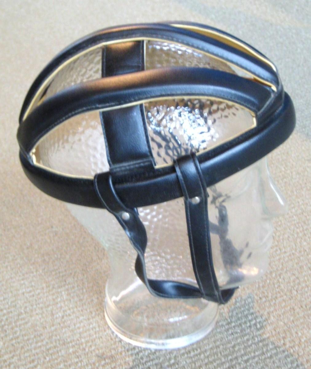 stylish-womens-cycling-helmets