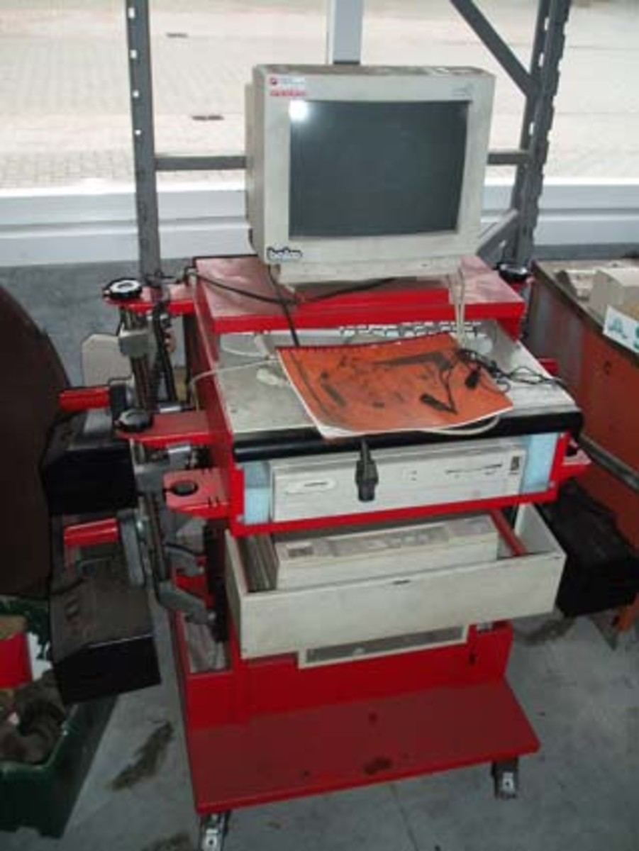 Workshop Machinery-wheel alignment  machine new and used automotive equipment.