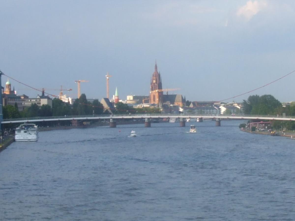 A bridge over the River Main
