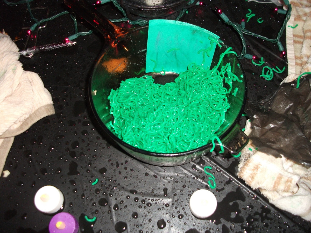 Ramen noodles with green food coloring look disgusting.