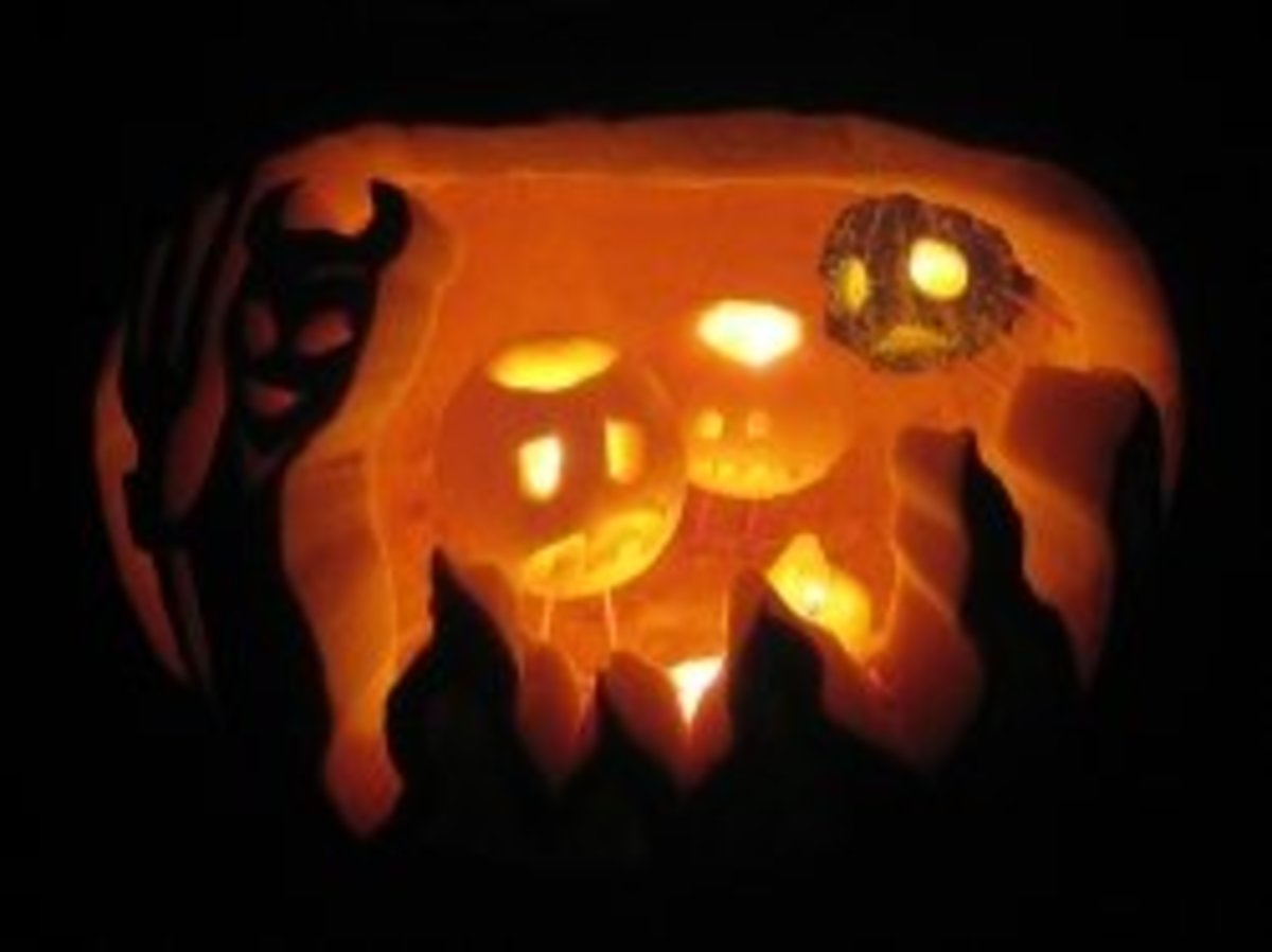 It's hot in here! This year's personal fav.  As seen on http://www.squidoo.com/awesome-jack-o-lanterns (click the link below)