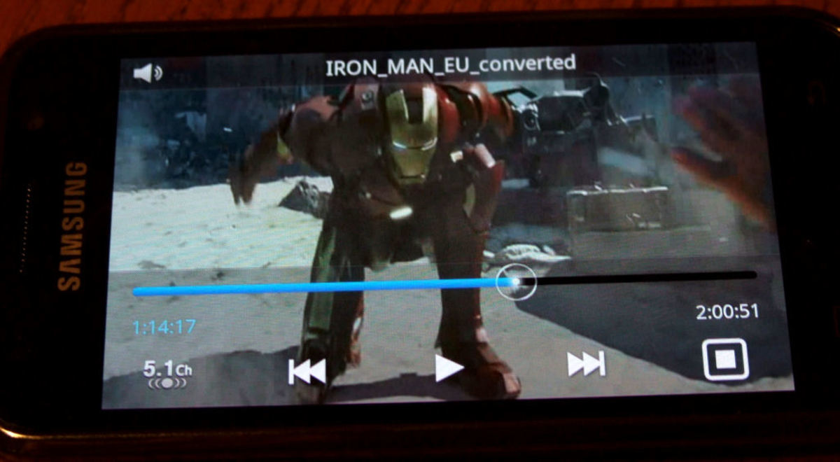 The Galaxy S playing Ironman (native Xvid format!)