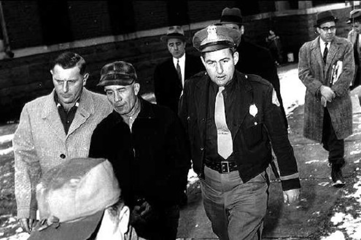 Gein Arrested