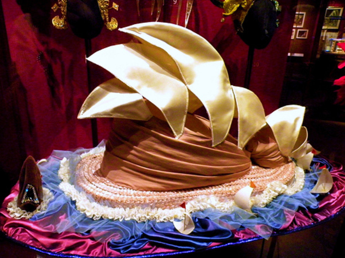 Dame Edna Everage's Sydney Opera House Hat Photo by etherse at Flickr