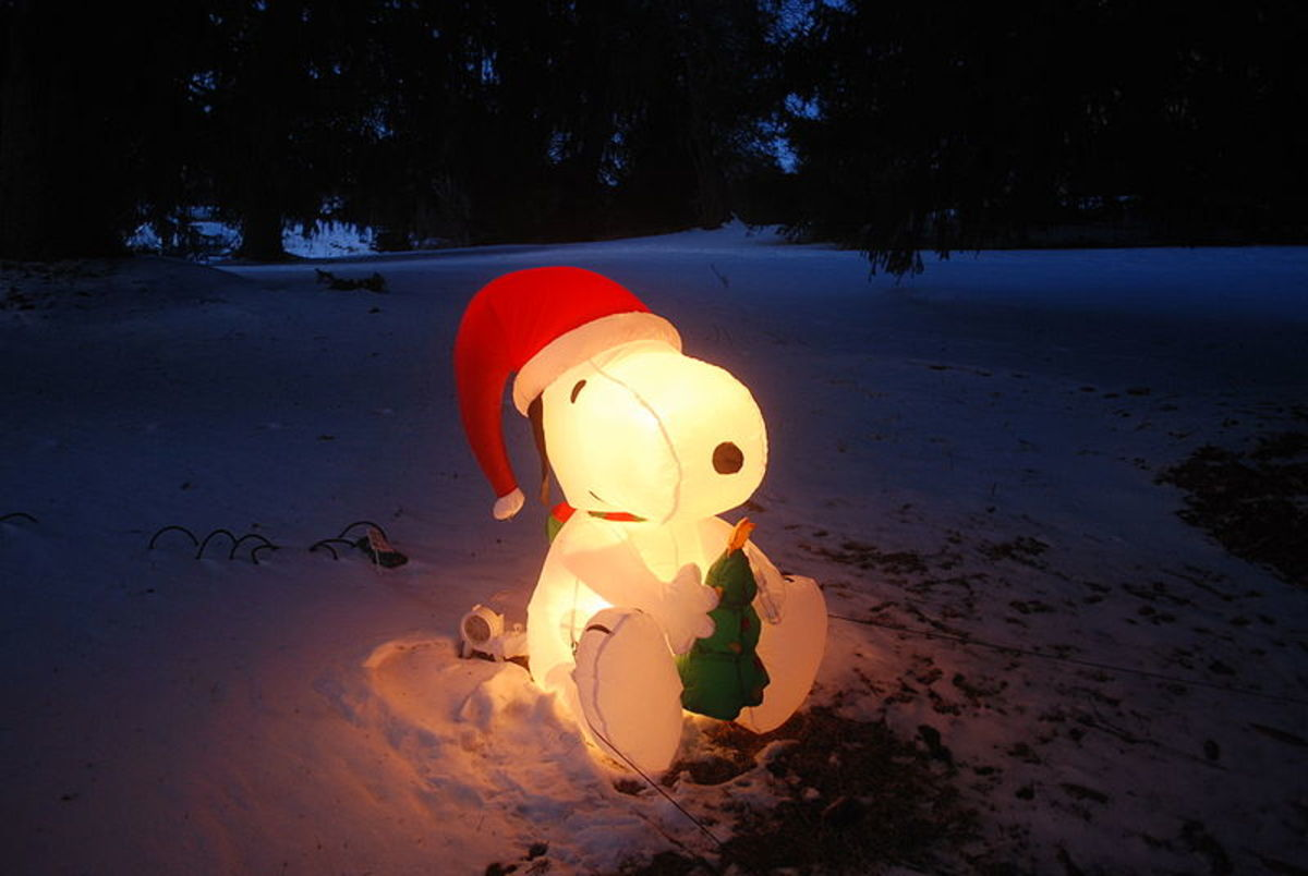 Snoopy Christmas Inflatable