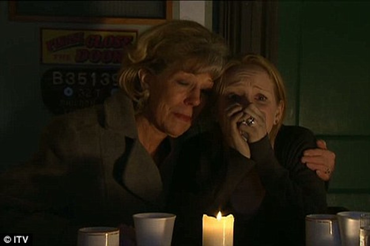 Audrey breaks the news of Ashleys death to his wife Claire