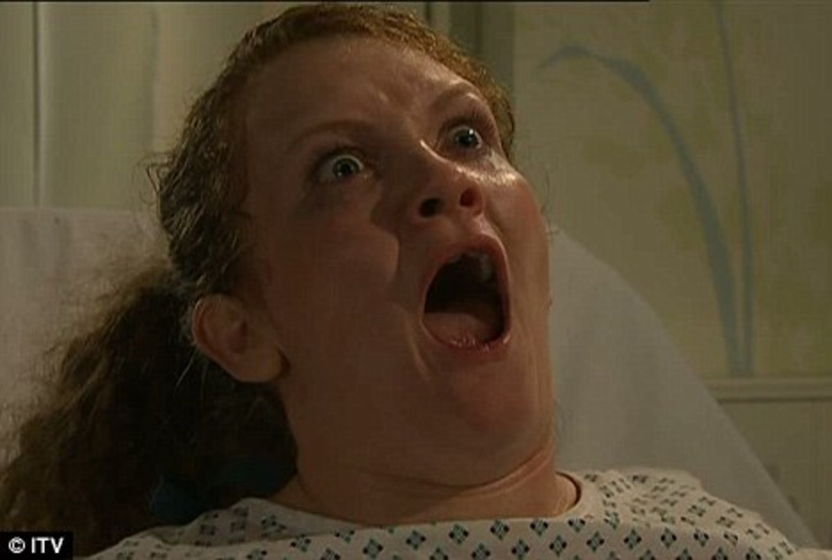 Fiz is in labour but at only 6 months pregnant is worried her baby wont survive.....