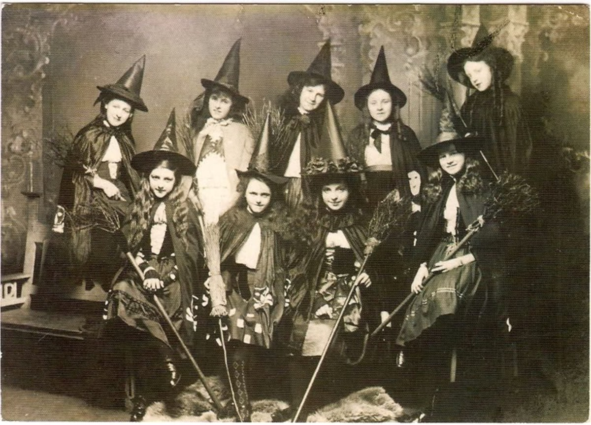 Have a Happy Victorian Halloween!