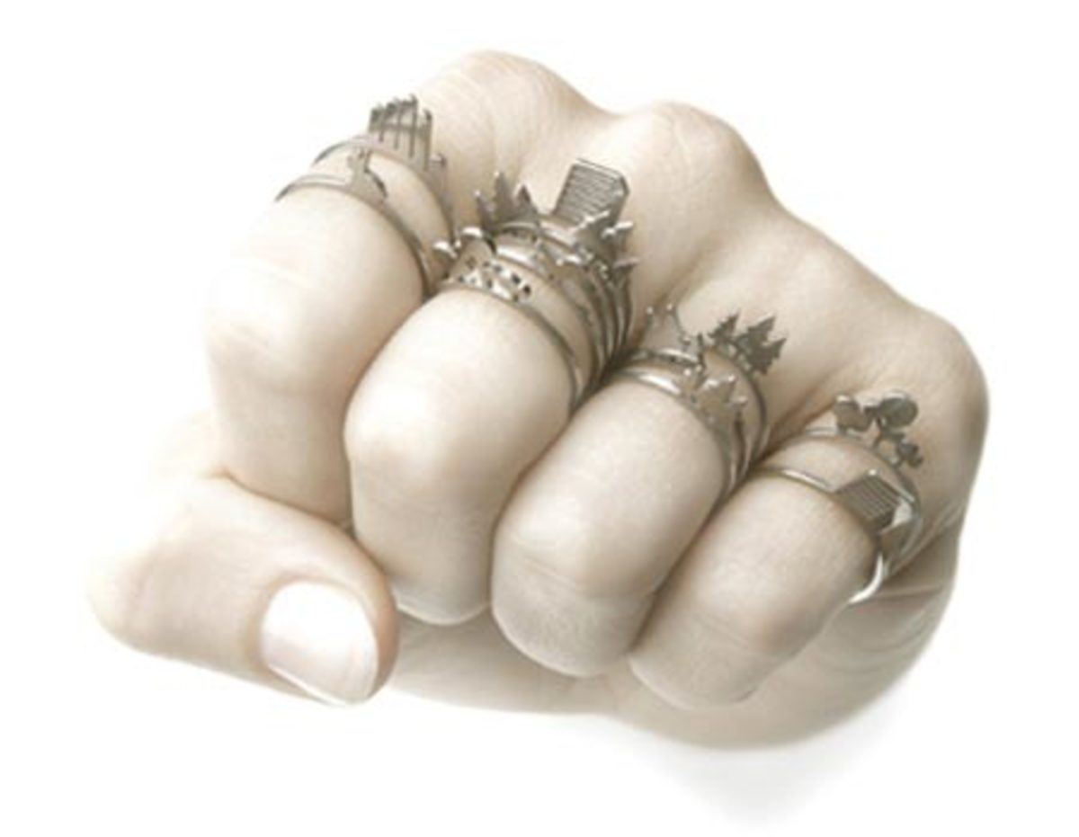 Wearing Gemstone Jewelry the Right Way