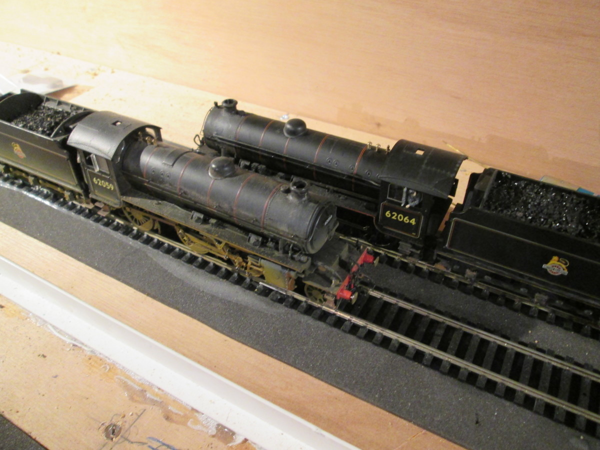 Both locomotives seen from above. Hornby did a good job on these and the Q6