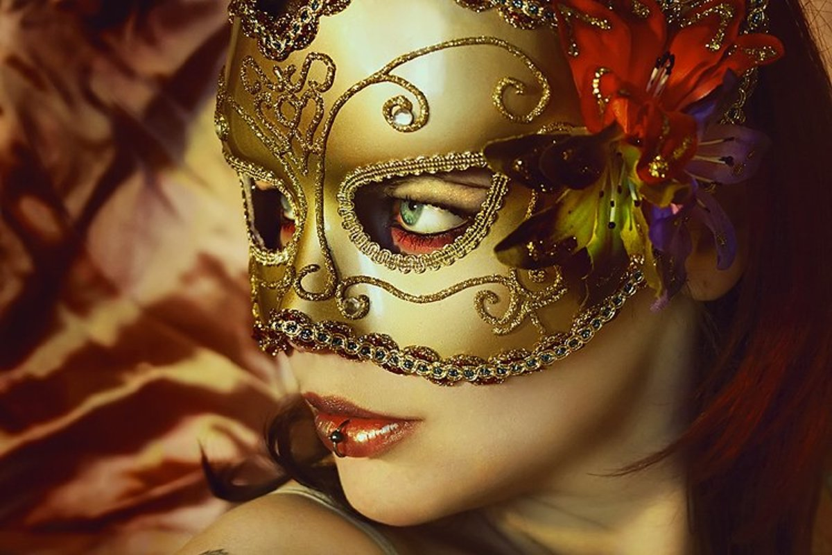 Girls in Masks, Masked Balls, Mardi Gras and Masquerades