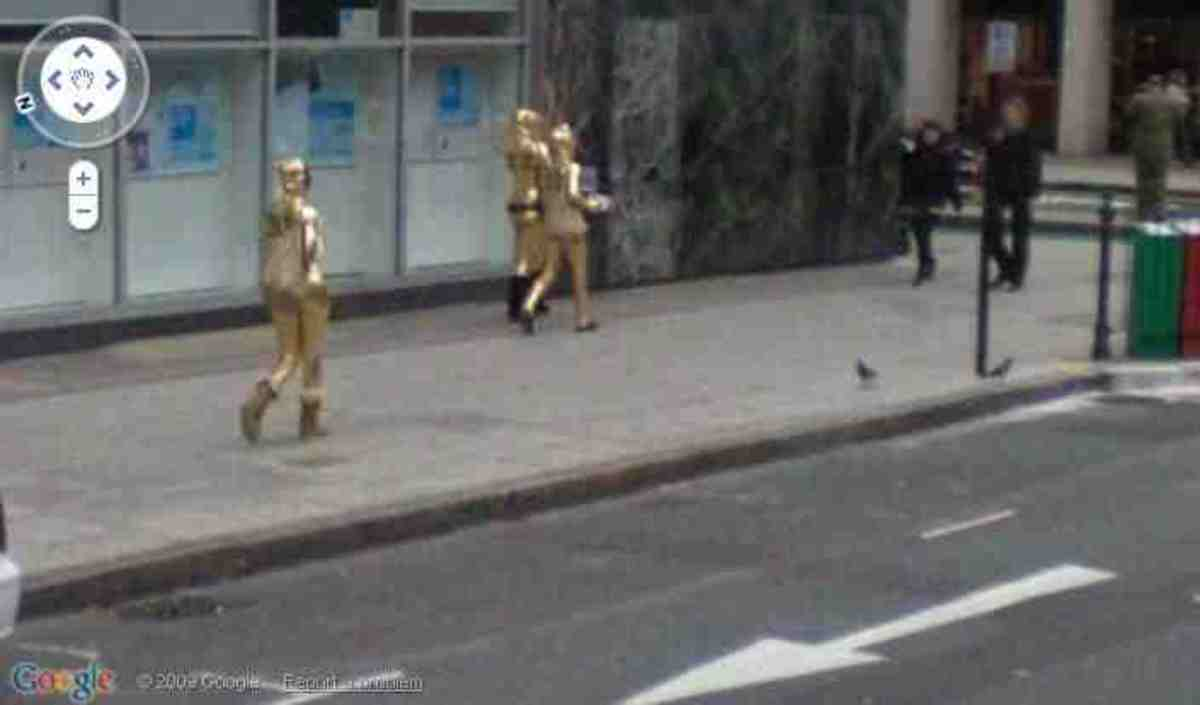 google-street-view-more-strange-and-funny-captures-you-wont-believe-your-eyes