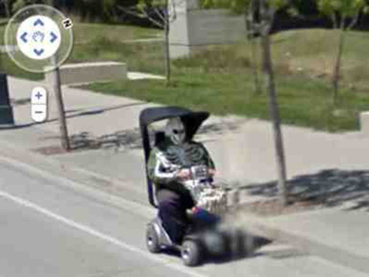 Google Street View more strange and funny captures! You won't believe your eyes!