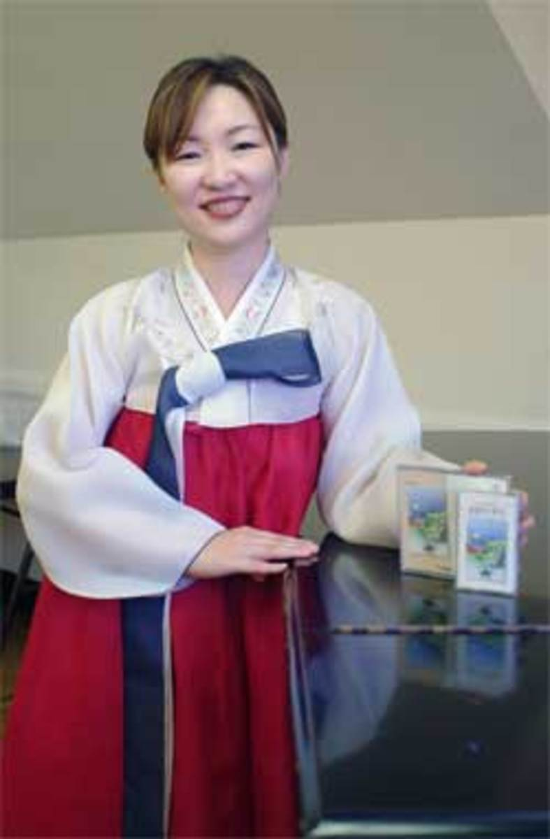"""Hyeonjin (Jin) Yoon, Author of Tadpole Song, Polliwog Song, Olchaengi Song. But original title is """"Tadpole and Frog"""""""