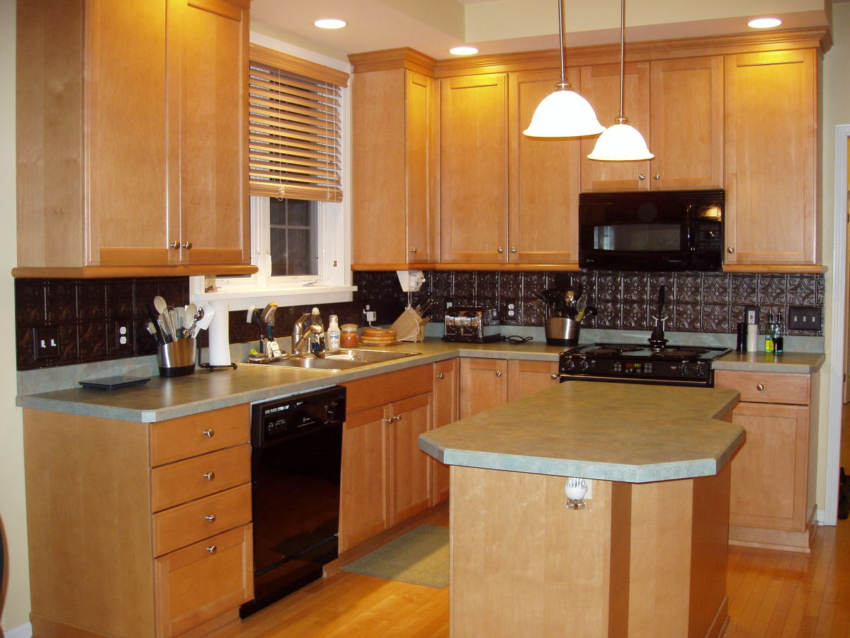 Kitchen Backsplash Facade How To Easily Dress Up Your