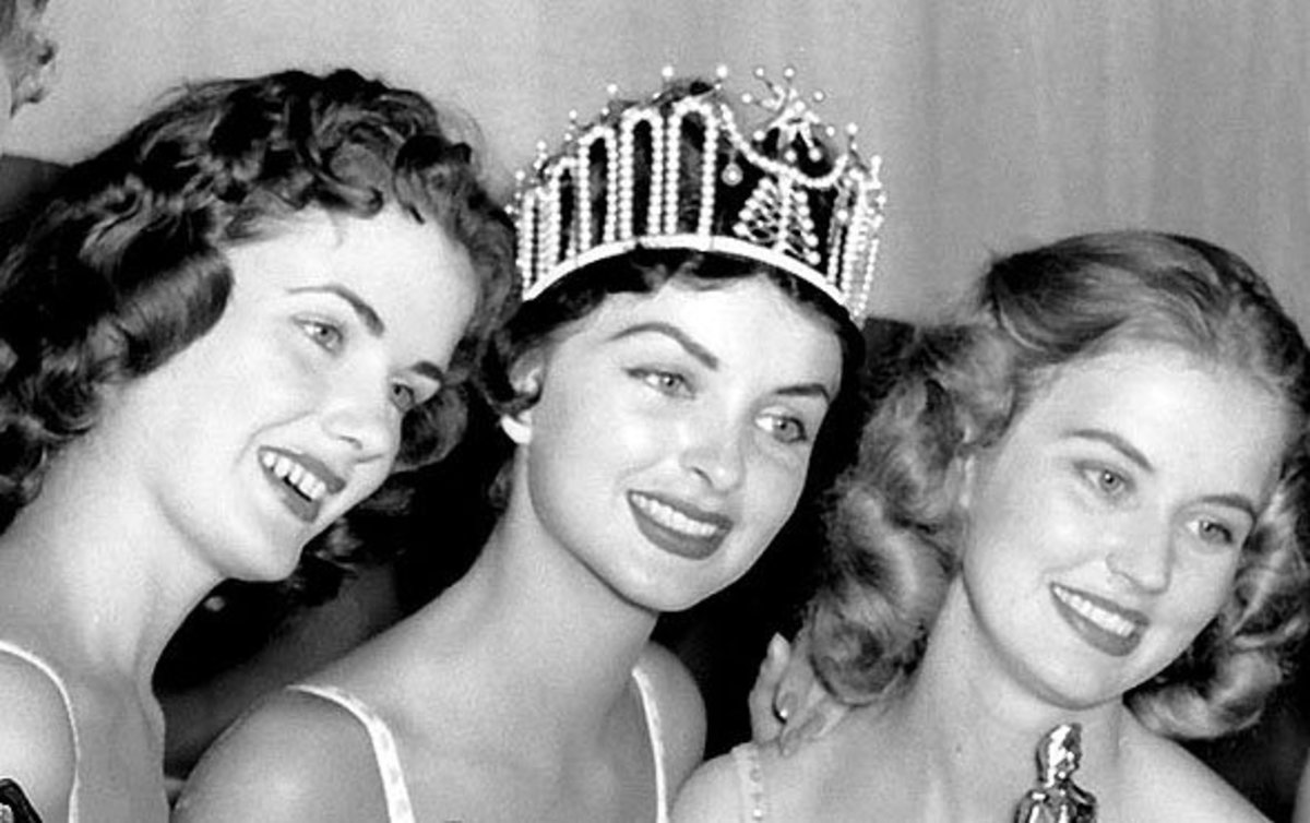 Miss America and Miss USA Beauty Pageant   Naked Scandals and Triumphs