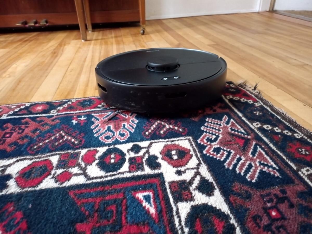 A Review of Roborock's New S4 Max Robotic Vacuum