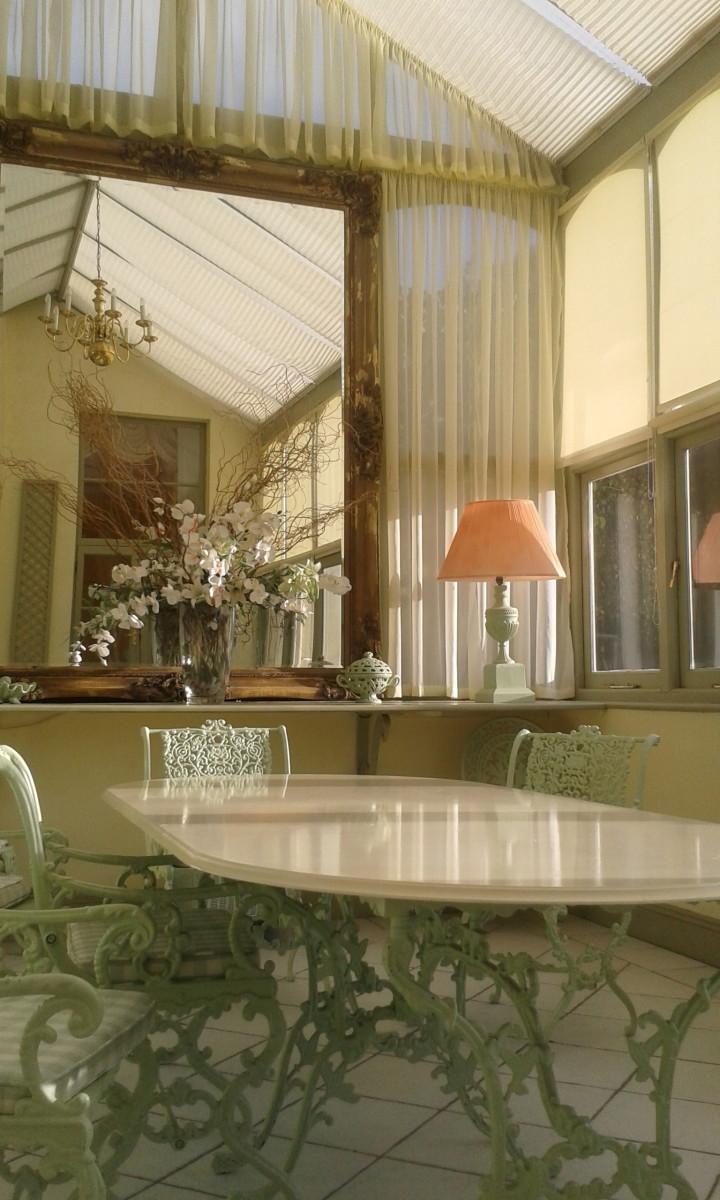 Elegant Victorian Table